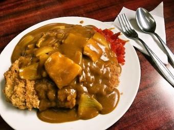 葛飾でカツカレーが食べたい  in中華料理 鈴華(鎌倉)