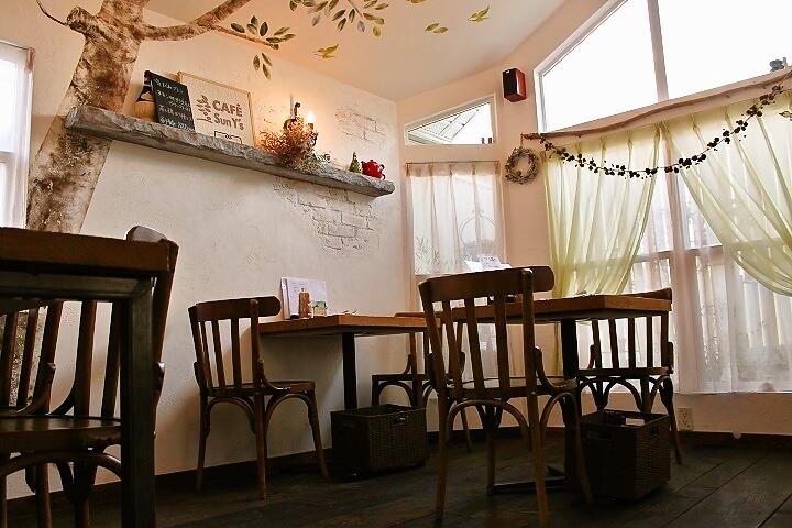 葛飾区西水元にあるオシャレなカフェ、CAFÉ Sun Y's(カフェサンワイズ)