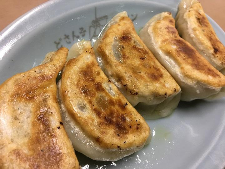 亀有どさん子の美味すぎる焼き餃子