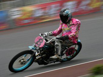 ウワサの葛飾人(6人目)  夢を紡ぐ日本一のオートレーサー  鈴木圭一郎